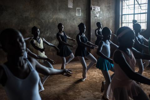 Två svenskar nominerade i världens största fototävling-  Sony World Photography Awards