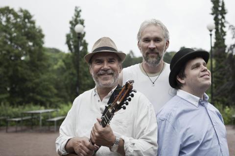Ale Möller trio på Dunkers