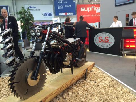 Messeblick.TV Motorrad auf der GrindTec 2016 in Augsburg