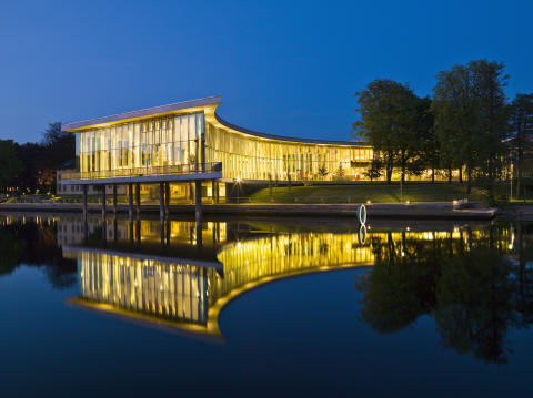 När turisterna åker hem kommer kongressdeltagarna till Halmstad
