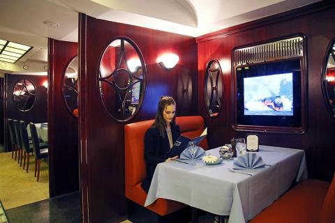 STEAKTRAIN Restaurant im Seaside Park Hotel Leipzig