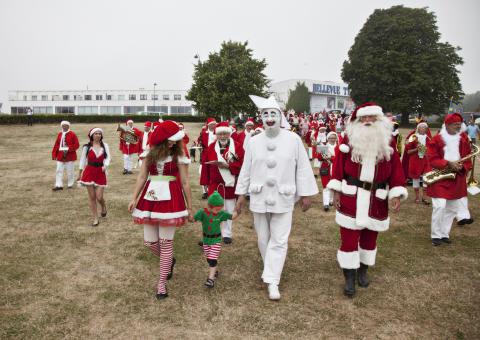 Julemænd og Pjerrot på Bellevue