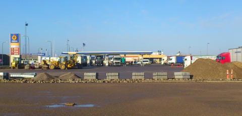 Første spadestik taget til Danmarks første sikrede parkeringsplads