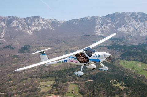 ​The Norwegian Air Sports Federation and Avinor band together to buy Norway's first electric aircraft