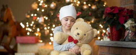 Julfest för hundratals cancerdrabbade barn