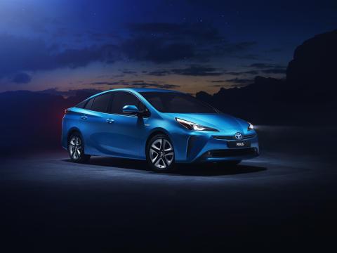 Nye Toyota Prius blir billigst med firehjulstrekk i sitt segment