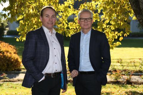 Gunnar Lien, ny administrende direktør i Statskog og Gunnar Olofsson, styreleder Foto: Martin Haagensen
