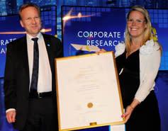 Anna Dreber Almenberg tilldelas Partnerprogrammets Forskarpris 2012 vid Handelshögskolan