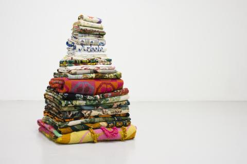 Petra Hultman_Arbete i textil, Mary Hultman (Broderade väggbonader)