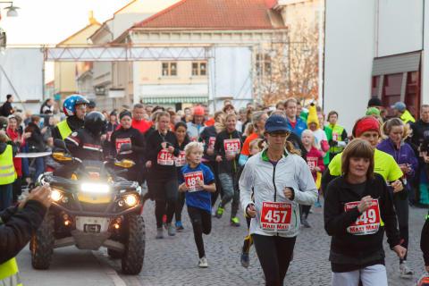 Gemenskap och familjekänsla under Running Lights