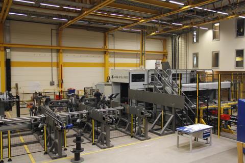 Under semestern 2013 installeras ytterligare en laserskärmaskin för hantering av bland annat fyrkantsrör.