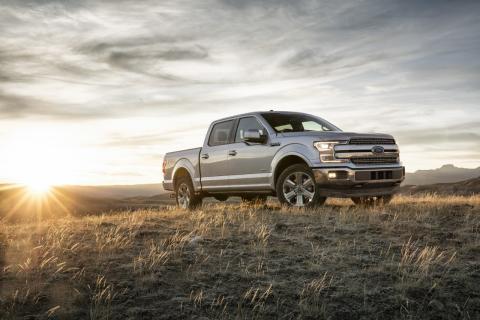 A Ford bemutatja az új F-150 pickupot; a Bronco visszatér; a vadonatúj Ranger Észak-Amerikában is kapható; a vállalat közzéteszi elképzelését a Holnap Városáról
