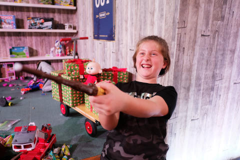 Dream Toys 2018 - Event Shots - Wizard Training Wand