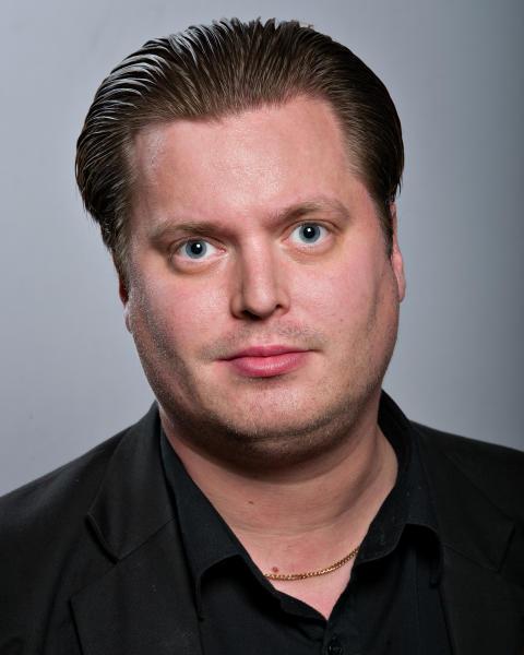 Mikael Larsson (C)