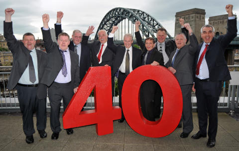 ​Employees honoured for 2,390 years on the buses
