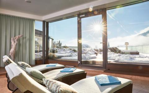 Wellness & Weihnachten in Südtirol: 5 Winter-Highlights im Meraner Land