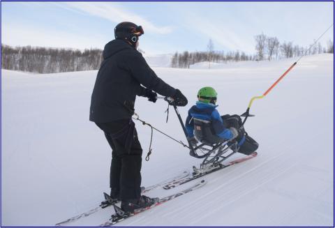 Sit-ski i heis