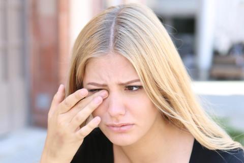 Augenzucken: Mangel an Mineralstoffen?