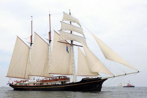 Segelfartyget Gulden Leeuw har anlänt tidigare än beräknat