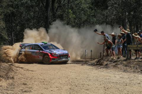 Podium_finale_for_Hyundai_Motorsport_as_Neuville_claims_second_in_Championship (2)