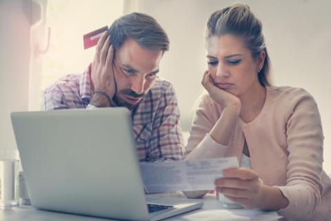 Hög oro för arbetslöshet - men få har inkomstförsäkring