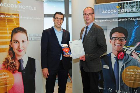 """ibis Köln Centrum wurde für seine """"Ausbildung mit Qualität"""" ausgezeichnet"""