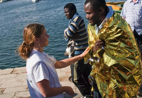 Bild 2 Stort behov av stöd till flyktingar