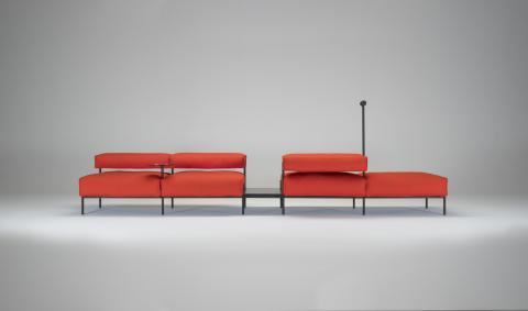 Platform sofa Lucy by Lucy Kurrein