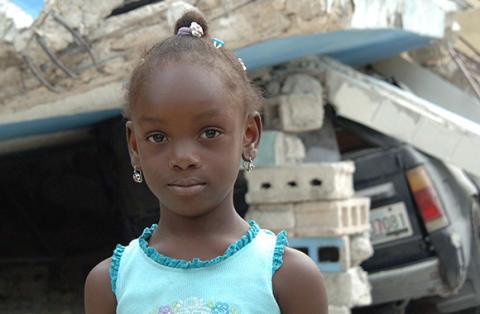 Ökad risk för våld och övergrepp mot barn efter orkanen Matthew