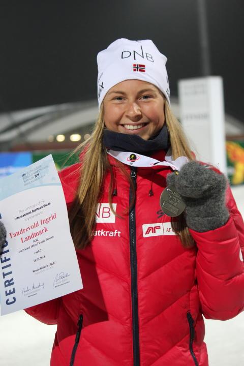 Ingrid med sølvmedalje - premiesermoni