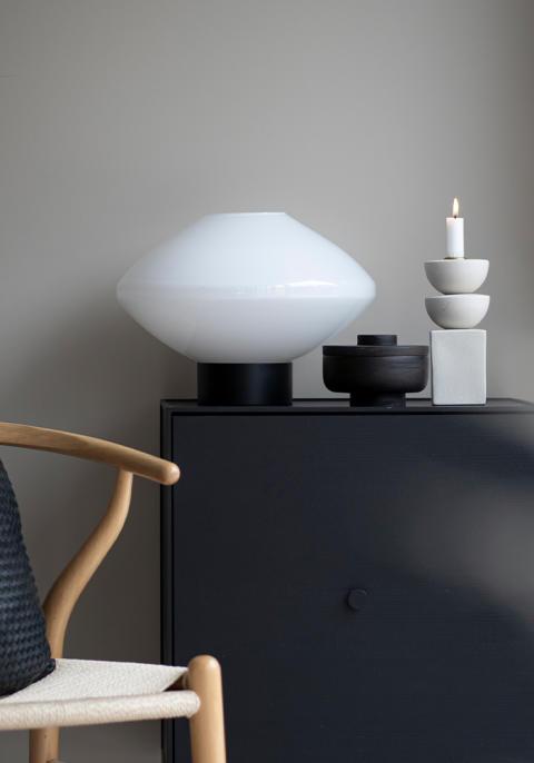 Bordlamper er vårens munnblåste nyheter fra Hadeland Glassverk!