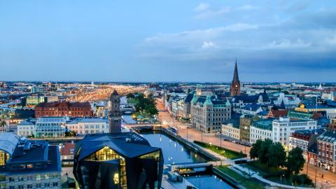 Malmö önskar stå värd för regeringens internationella konferens om hågkomst av Förintelsen