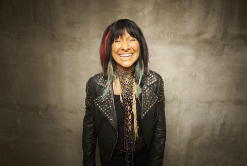 Buffy Sainte-Marie Photo 1 Matt Barnes