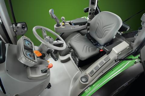 Ny specialtraktor från Deutz-Fahr, med steglös transmission