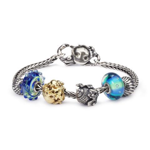 2018_TB_Summer_bracelets_Blue_Round_01