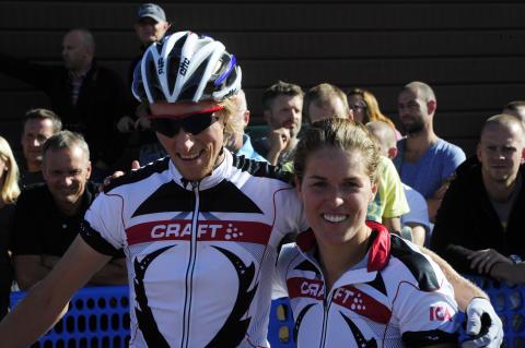 Kändisar tävlar med eliten i CykelVasasprinten