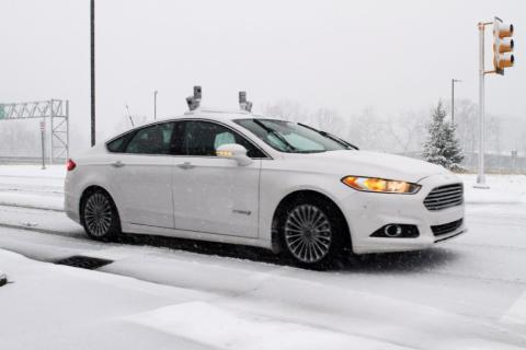 A Ford az iparágban elsőként teszteli önjáró autóit havas utakon, tovább gyorsítva ezzel fejlesztési programját