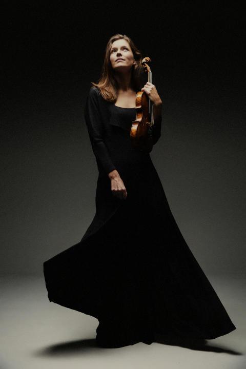 Janine Jansen, violin