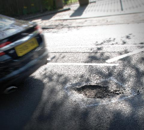 RAC sees 24% rise in vehicles damaged by potholes