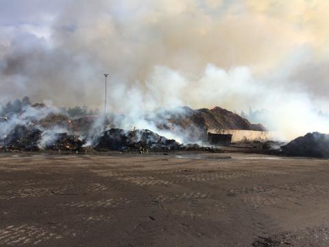 Brand på Lilla Nyby dag 2