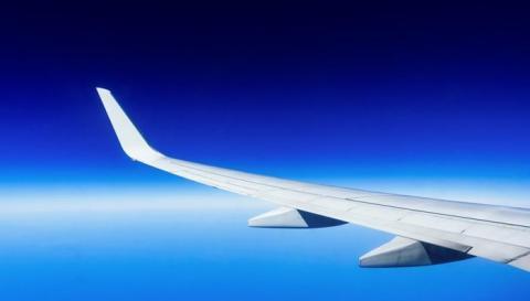 Panasonic Avionics se asocia con Hunter y Eutelsat para reforzar la capacidad para conectividad en vuelo en Canadá