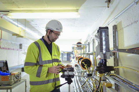 Engineer fibre splicing (7)
