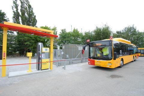 MANs gasbus klar til tankning på det nye anlæg i Gladsaxe