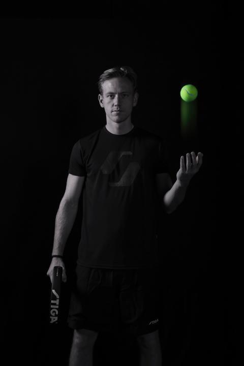 Sveriges internationellt högst rankade spelare Daniel Windahl inleder samarbete med STIGA Padel