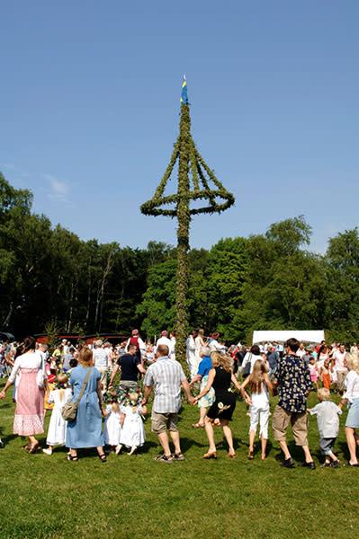 Midsommar på Fredriksdal – En kär tradition
