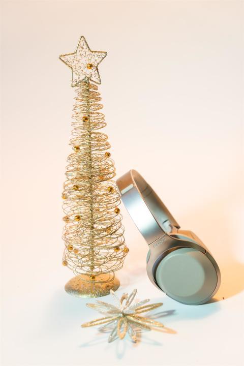 MDR-1000X, Navidad