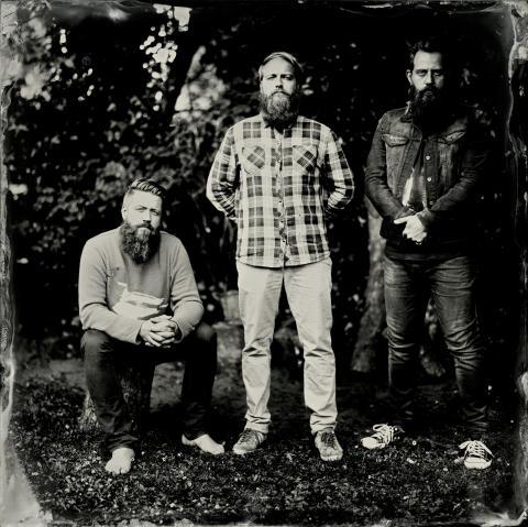 """The White Album udgiver debutalbum - """"The Quiet Strum"""" er ude på mandag d. 15/9"""