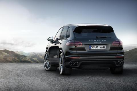 Porsche udvider Platinum Edition med to Cayenne S-modeller