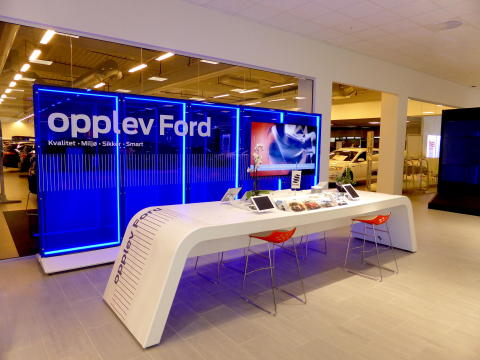 FordStores inntar Norge