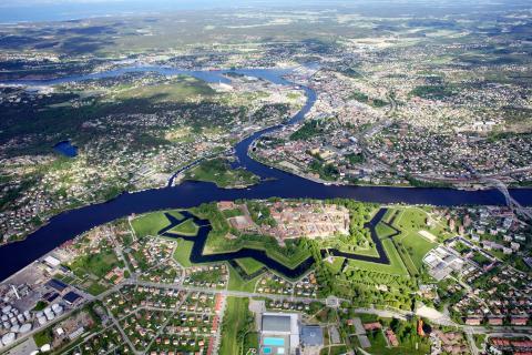 Söker kunskap om hur man bygger attraktiva stadskärnor